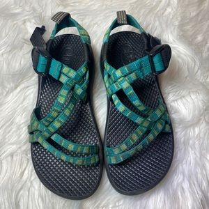 Chaco sandals blue green 13 13k chacos